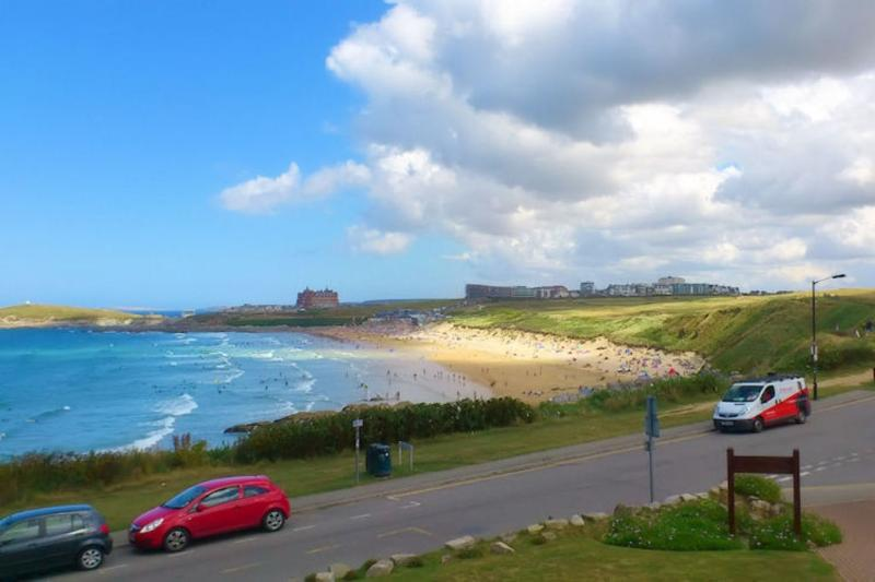 7 Waters Edge located in Newquay, Cornwall - Image 1 - Newquay - rentals