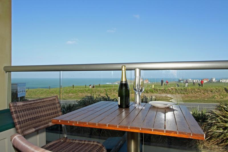 Nokandui located in Newquay, Cornwall - Image 1 - Newquay - rentals