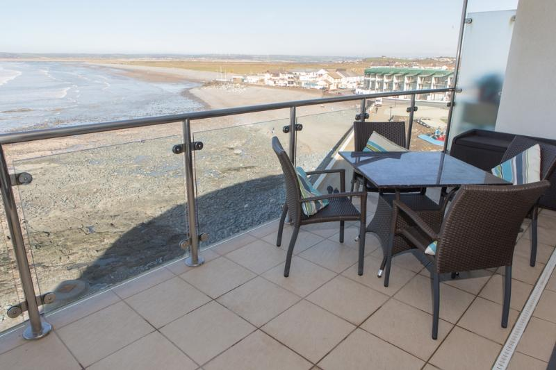 Sea Haven Apartment located in Westward Ho!, Devon - Image 1 - Westward Ho - rentals