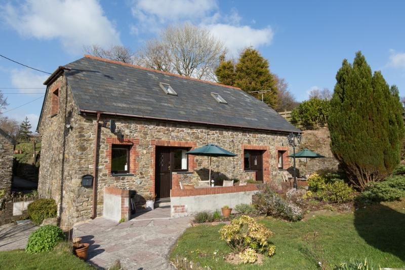 Swallow Cottage located in Looe, Cornwall - Image 1 - Looe - rentals