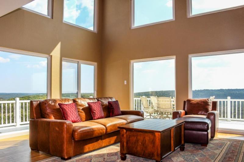 Spacious home w/valley & lake views & lots of natural light from tall windows! - Image 1 - New Braunfels - rentals
