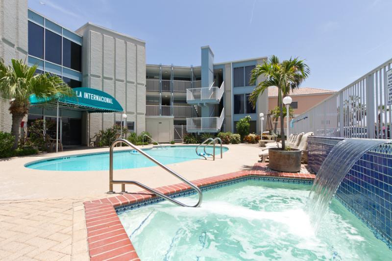 La Internacional #205 - Image 1 - South Padre Island - rentals