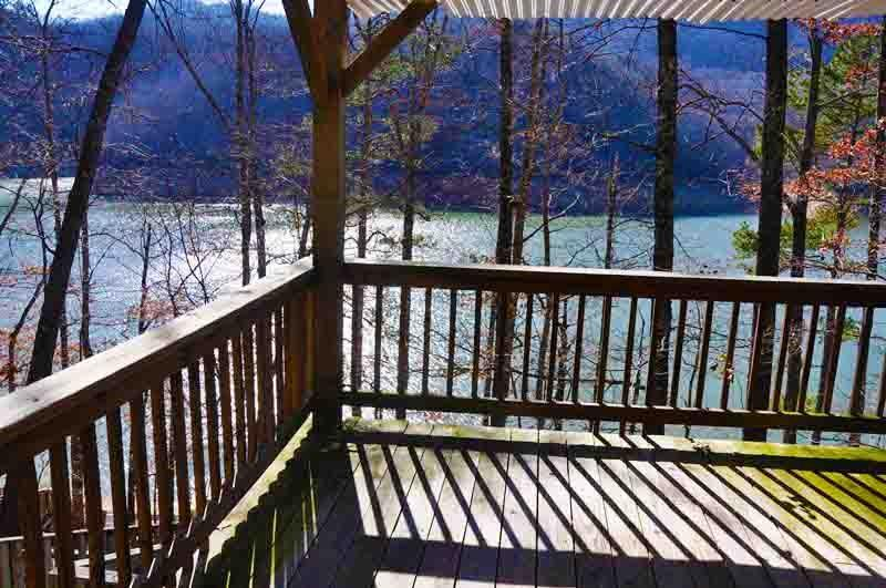 Mountain Dew Lake House - Luxurious 4 Bedroom Log Cabin on Fontana Lake - Image 1 - Bryson City - rentals