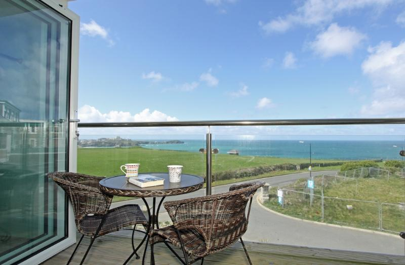 Seaspray located in Newquay, Cornwall - Image 1 - Newquay - rentals