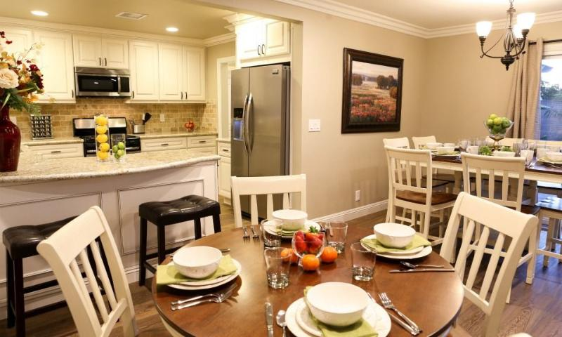 Kitchen/Dining Room - Destination #29 by Anaheim Vacation House - Anaheim - rentals