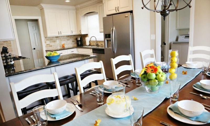 Dining Room & Kitchen - Destination #30 by Anaheim Vacation House - Anaheim - rentals