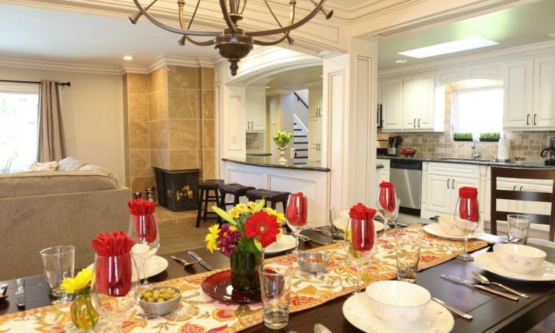 Dining Room & Kitchen - Destination #33 by Anaheim Vacation House - Anaheim - rentals