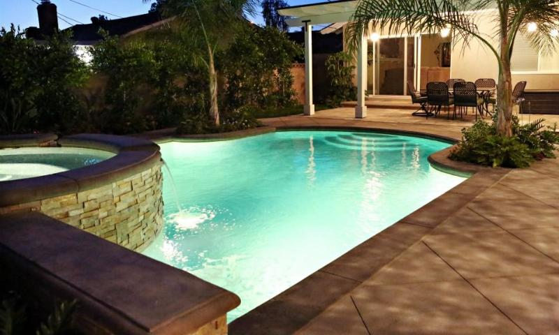 New Pebble-Tech Pool and Jacuzzi - Destination #5 by Anaheim Vacation House - Anaheim - rentals