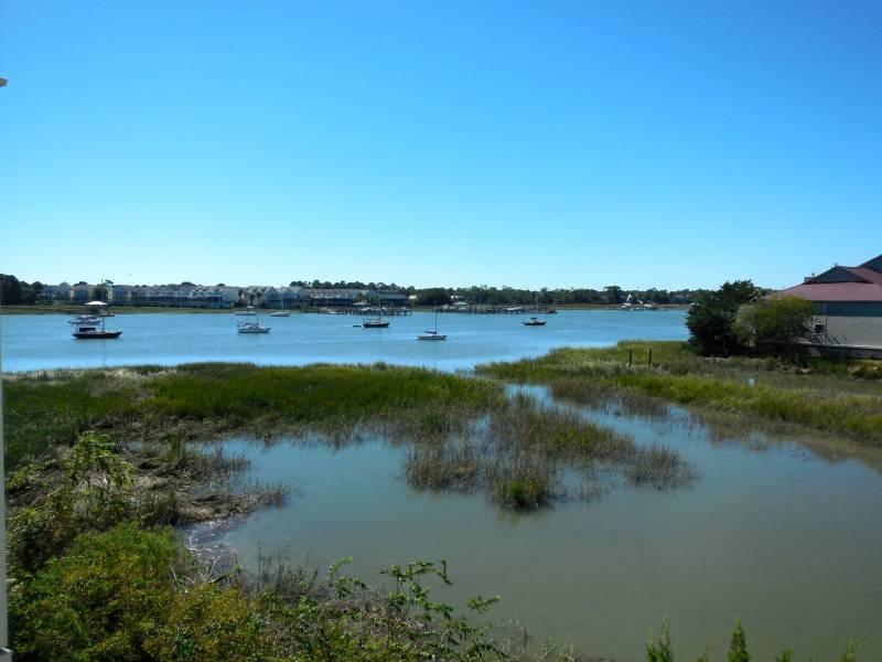 Gorgeous River Views!! - Turn of the River 2F - Folly Beach, SC - 3 Beds BATHS: 3 Full - Blue Mountain Beach - rentals