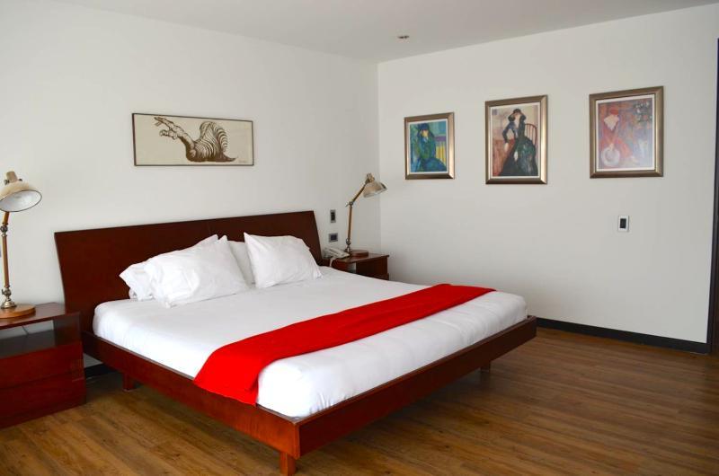 Modern 2 Bedroom Apartment in Parque 93 - Image 1 - Bogota - rentals