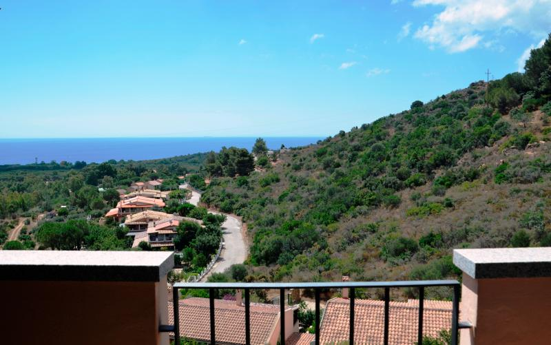 Casa Incantata - cozy apartment, great sea views - Image 1 - Chia - rentals