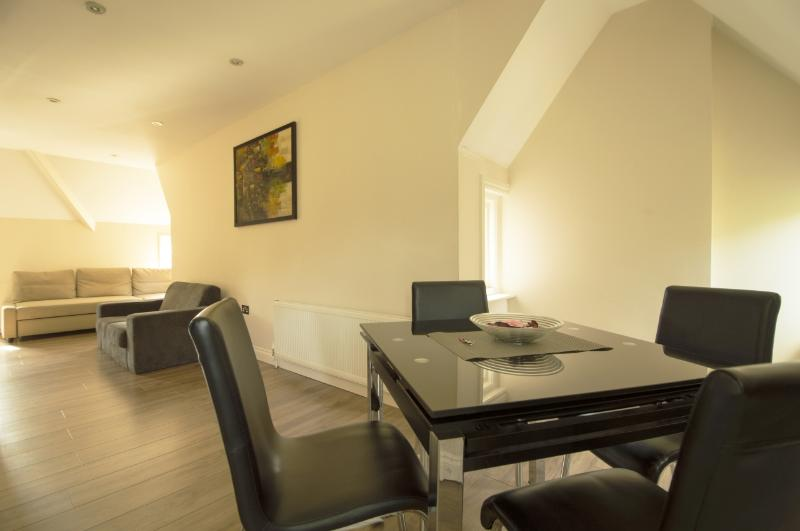 Fairfield Apartments - 1 Bedroom 2nd Floor Flat - Image 1 - London - rentals