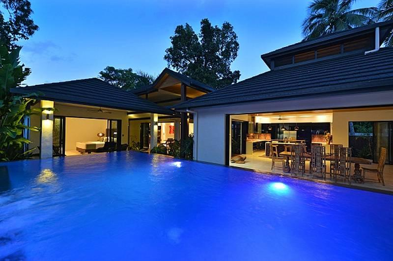 Beachfront Estate - Mana Moana - Image 1 - Port Douglas - rentals