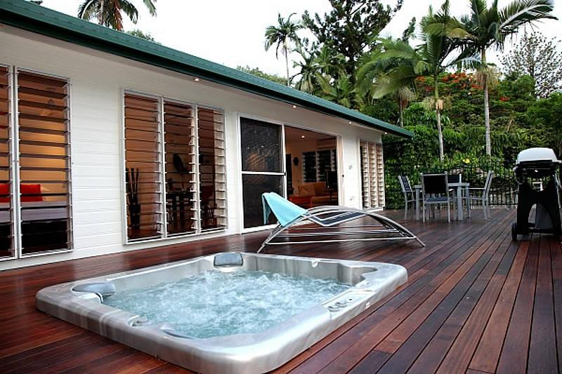 Port Douglas Hideaway Villa B - Image 1 - Port Douglas - rentals