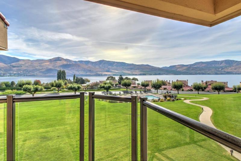 Spacious condo with lake views, pools, hot tub in a quiet community! - Image 1 - Chelan - rentals