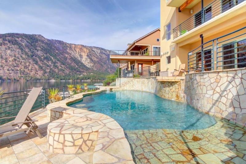 Spectacular lakeside home with private pool and hot tub - dogs welcome! - Image 1 - Manson - rentals