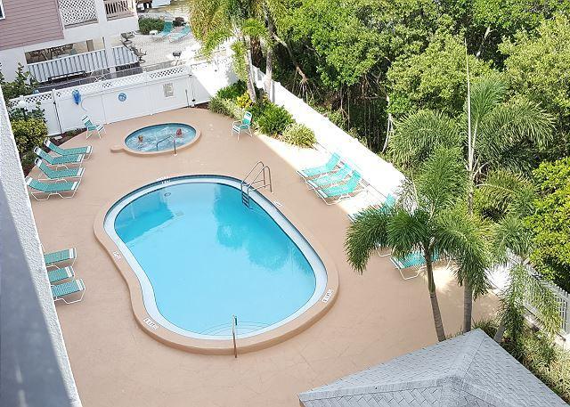 Quiet Waters Condominium 4D - Image 1 - Indian Shores - rentals