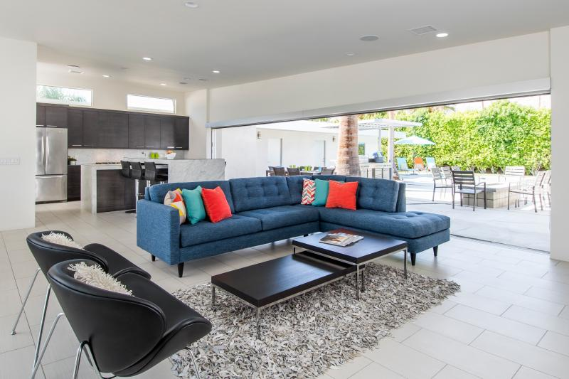 25 foot sliders open completely to pool and back yard - Gated S. Palm Springs Modern Masterpiece - Palm Springs - rentals