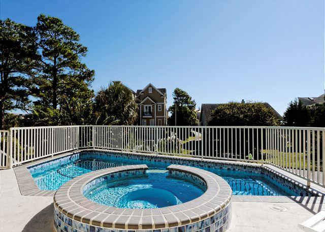Enjoy your own privacy - Urchin Manor 4, 5 Bedrooms, Private Pool, Spa, Elevator, Sleeps 20 - Hilton Head - rentals