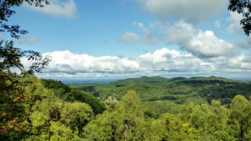 BEAUTIFUL Mountain Views!! Perfect Location! - Image 1 - Sevierville - rentals