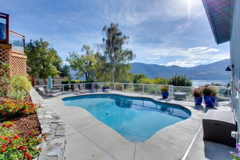 Gorgeous, dog-friendly home with private pool & hot tub, mountain views! - Image 1 - Manson - rentals