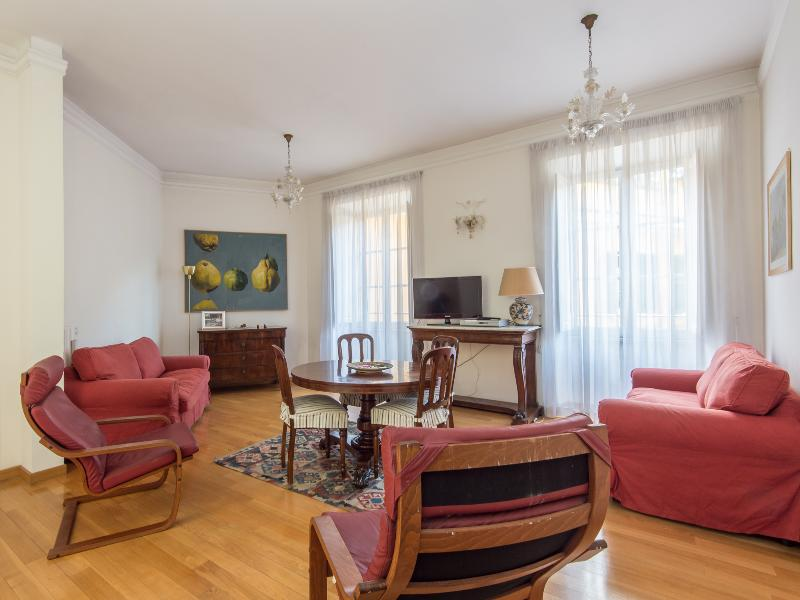 Lungotevere Enchanting Apartment - Image 1 - Castel Gandolfo - rentals