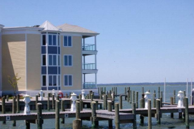 Sunset Bay Villa 203 - Image 1 - Chincoteague Island - rentals