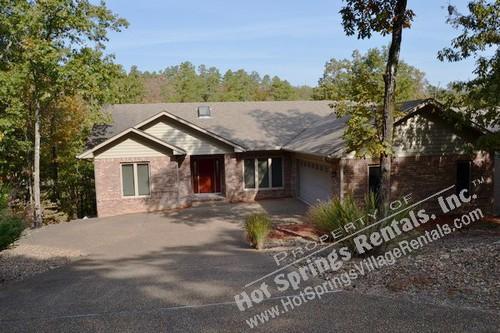 Front v1 - 60EstrDr|Lake Pineda | Home | Sleeps 6| WI-FI - Hot Springs Village - rentals