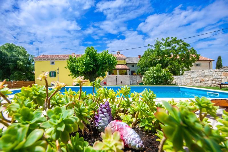 Villa Jona - Image 1 - Barat - rentals