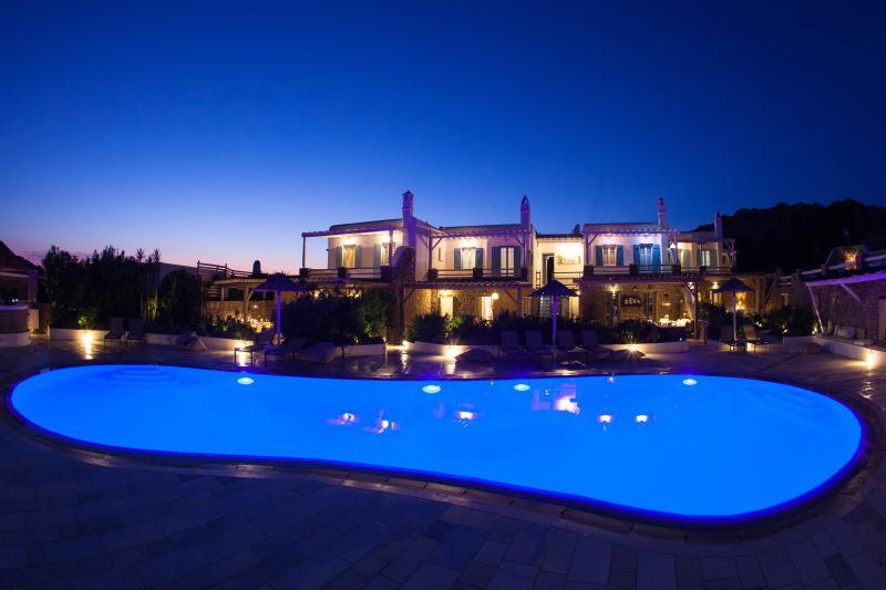 Front of property - EL MAR Estate & Villas - Villa Phos (4 bedrooms) - Mykonos - rentals