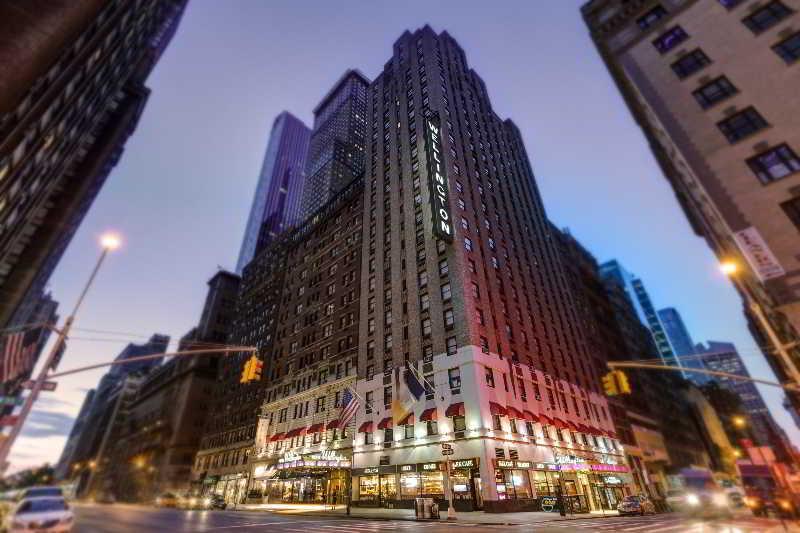 Hotel Front View - Wellington Hotel NYC Manhatten - Manhattan - rentals
