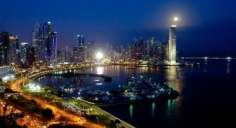Full moon from the balcony - Sexiest View in Panama City - Panama City - rentals