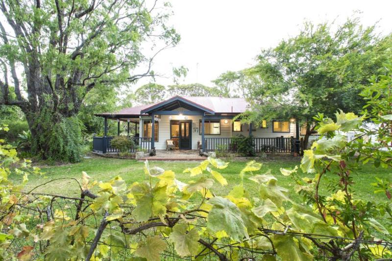 Bay Cottage - Image 1 - Dunsborough - rentals