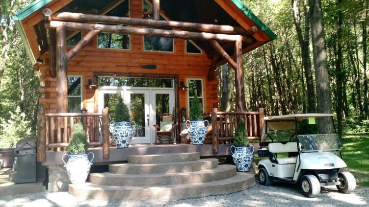 Lakeside Cabin is our newest luxury vacation cabin that accommodates up to 6 guests. - Columbia Woodlands Lakeside Cabin - Dover - rentals