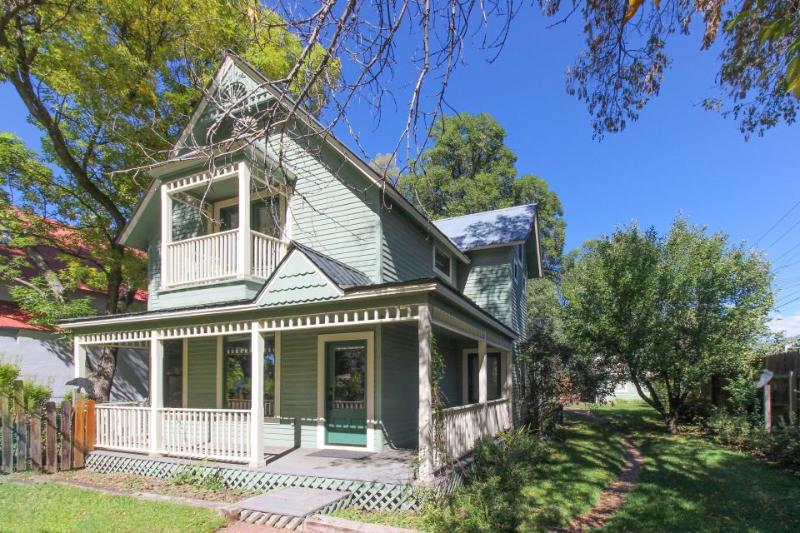 Remodeled Victorian in downtown Durango w/ backyard w/hammock & covered patio! - Image 1 - Durango - rentals