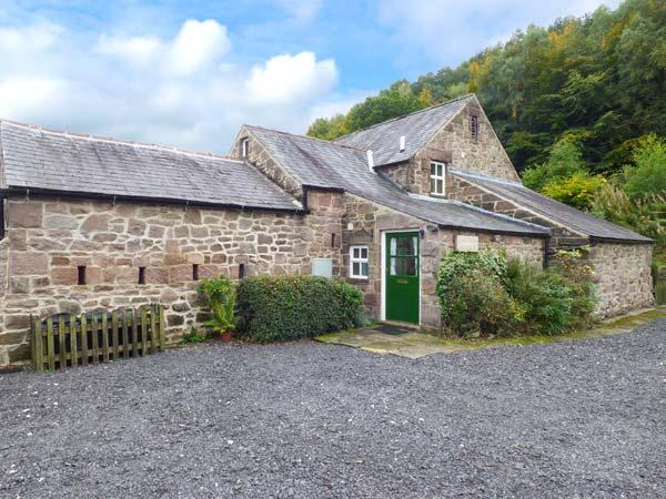 OAK TREE COTTAGE, character cottage, Smart TV, parking, beautiful grounds and walks, Cromford, Ref. 914759 - Image 1 - Cromford - rentals