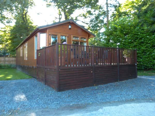 OWL LODGE, ground floor, detached, leisure facilities, Troutbeck Bridge, Ref 928865 - Image 1 - Troutbeck Bridge - rentals