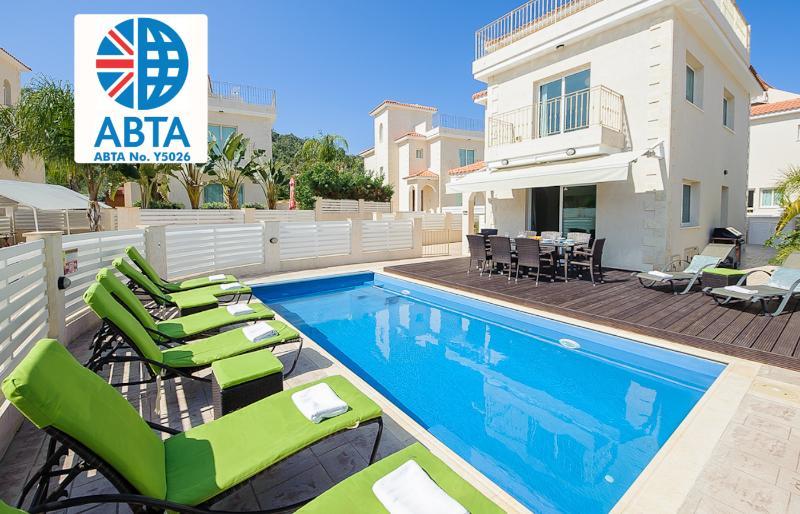 Oceanview Villa 024 - 4 bed on a popular complex - Image 1 - Protaras - rentals