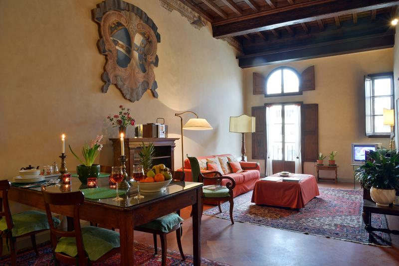 Palazzo Antellesi - Apt.  PARADISO - Image 1 - Florence - rentals