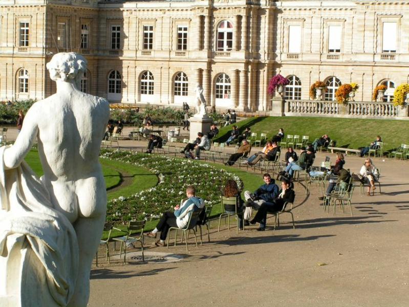 4BR/ 3 BATH APT LUXEMBOURG GARDENS~RARE PVT GARDEN - Image 1 - Paris - rentals