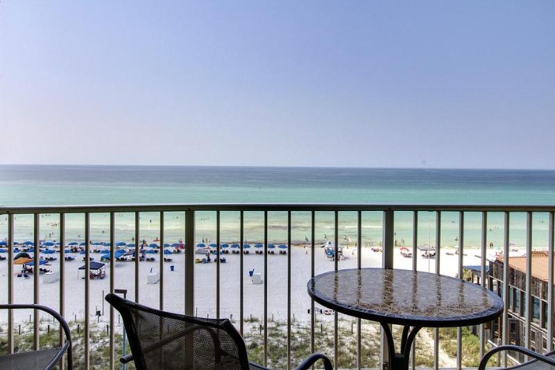 Beachfront resort condo w/balcony & shared pool/hot tubs! - Image 1 - Panama City Beach - rentals