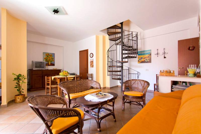 Living room - Trappetodamare - Enjoy the Real Authentic Sicily! - Palermo - rentals