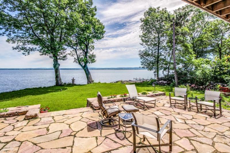Find lakefront luxury & unplug at this spacious, modern home w/dock & more! - Image 1 - North Hero - rentals