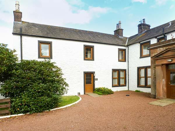 PHEASANT COTTAGE, pet friendly, country holiday cottage, with a garden in Lockerbie, Ref 5284 - Image 1 - Lockerbie - rentals