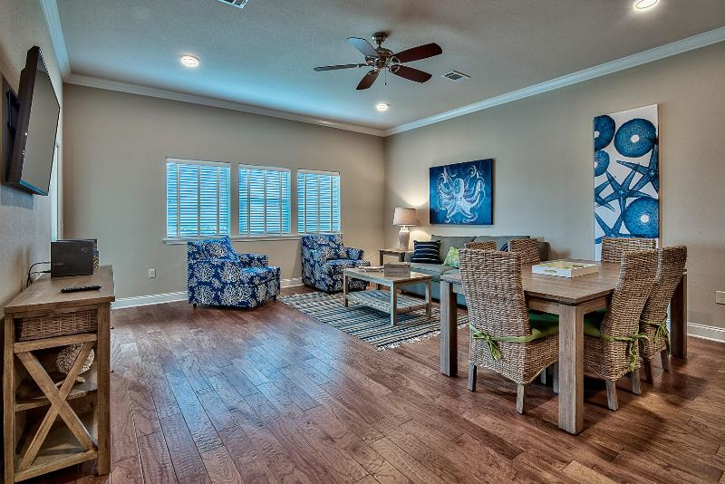 Living room view - ALERIO B303 - Miramar Beach - rentals