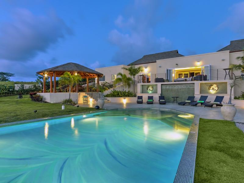 La Maison Michelle - Ideal for Couples and Families, Beautiful Pool and Beach - Image 1 - Westmoreland - rentals