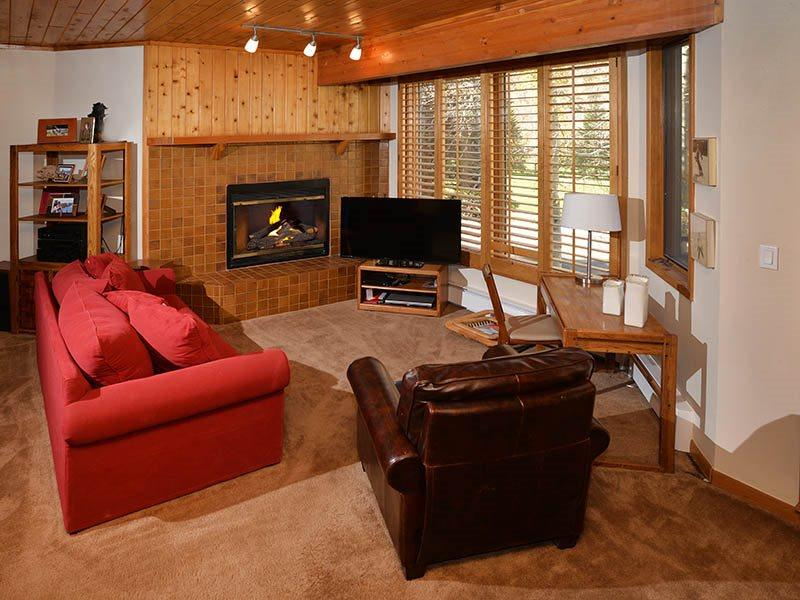A very affordable vacation home with a Silver rating, across the main road from Vail Golf Club. - Image 1 - Vail - rentals