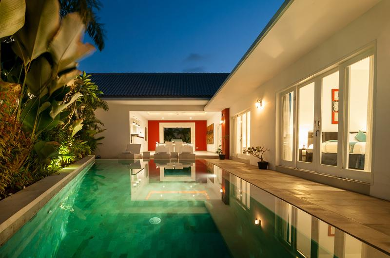 Superb Value, 5 Bdr Villa, Great Location! - Image 1 - Seminyak - rentals