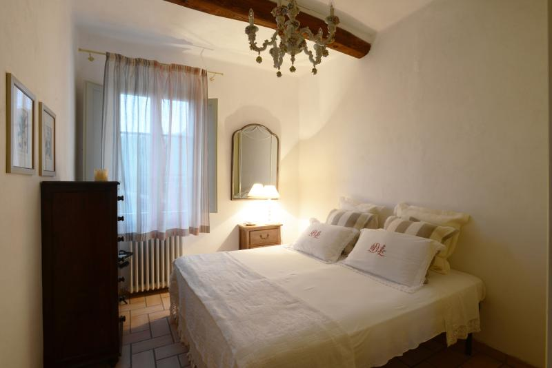 Bedroom - Suite Le Camelie - Siena - rentals