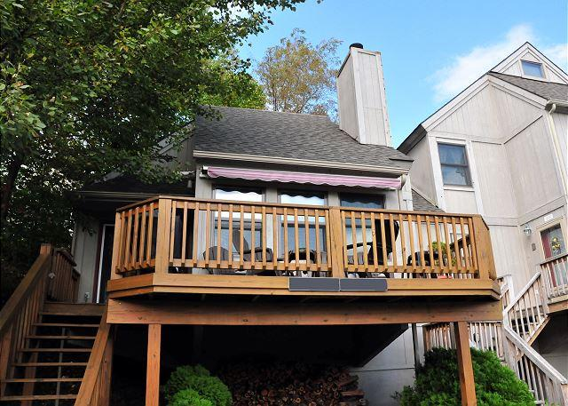 Exterior - Cheerful & Inviting 2 Bedroom Townhome in the Heart of Deep Creek Lake! - Oakland - rentals